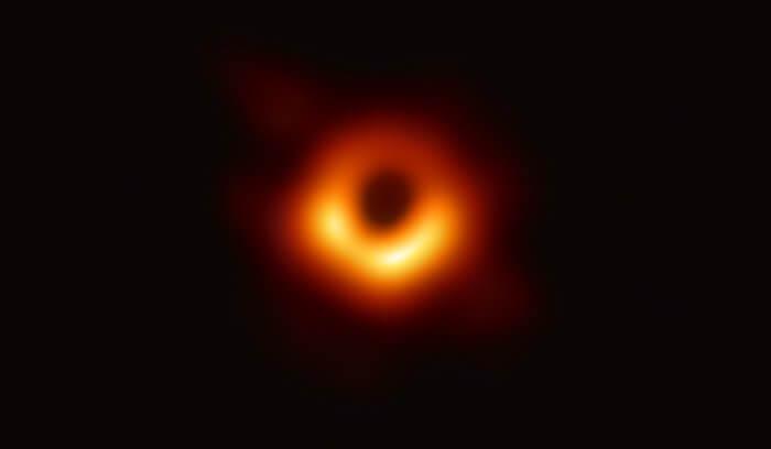 人类历史上第一张黑洞图像